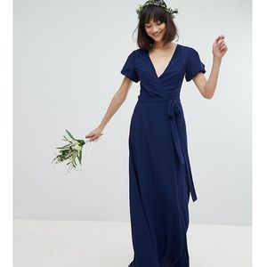 wrap maxi bridesmaid dress with tie detail and puff sleeves - navy marki Tfnc