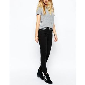 Levis 721 high waist skinny jean - black